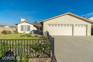 2713 Los Nogales Avenue