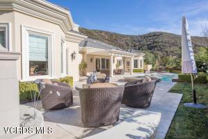 94 Queens Garden Drive, Thousand Oaks, CA 91361