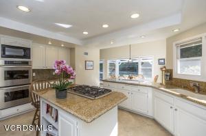 5648 Golden Knoll Court, Westlake Village, CA 91362