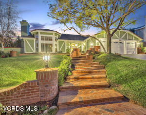 1453 Forest Knoll Drive