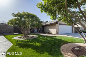 1692 Lyndhurst Avenue, Camarillo, CA 93010