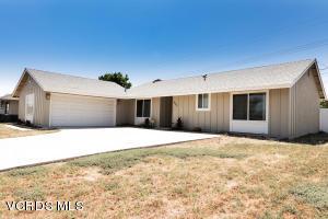 835 Rosewood Avenue, Camarillo, CA 93010
