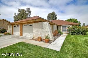 1207 Village 1, Camarillo, CA 93012