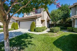 MOVE IN READY and located in the HEART of Mission Oaks convenient to schools and shopping