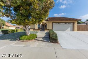 1590 Brookhaven Avenue, Camarillo, CA 93010