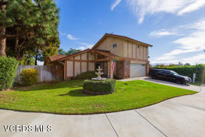 1038 Green Lawn Avenue, Camarillo, CA 93010