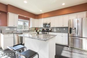 14570 Fox Street, 5, Mission Hills San Fer, CA 91345