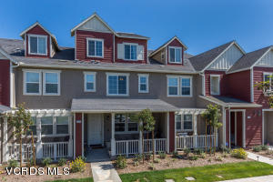 3016 Moonlight Park Avenue, Oxnard, CA 93036