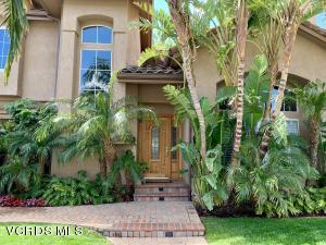 519 Monteleone Avenue, Oak Park, CA 91377