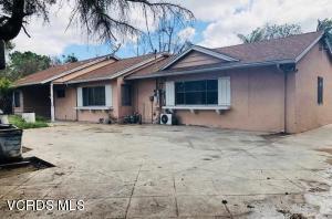 6040 Shirley Avenue, Tarzana, CA 91356