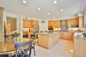 6391 Ballantine Place, Oak Park, CA 91377