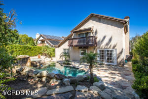 363 Countryside Road, Oak Park, CA 91377