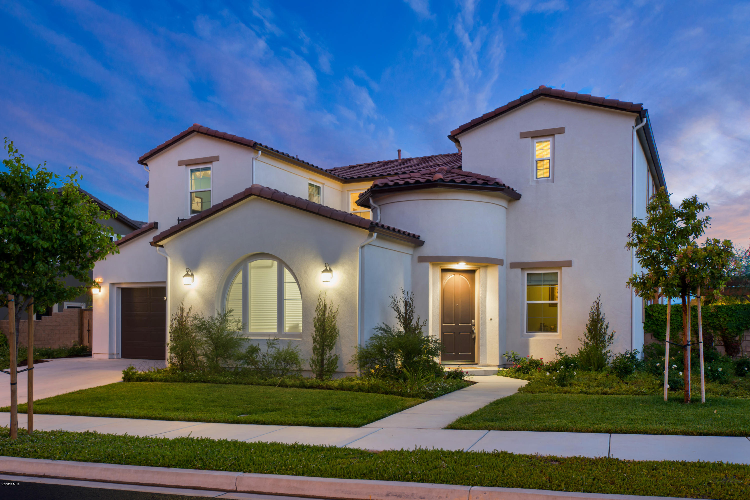 Remarkable Cathy Duncan Kari Mangola Specialize In Moorpark Ca Homes Home Interior And Landscaping Transignezvosmurscom