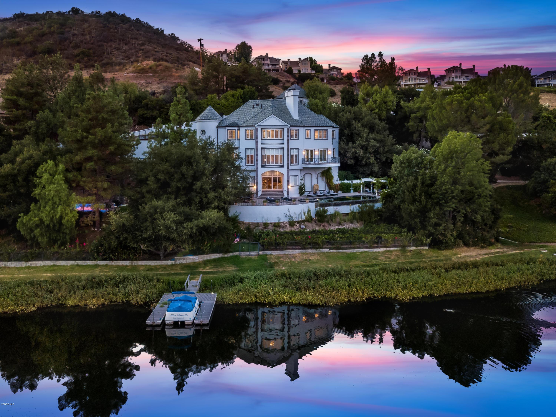 Photo of 474 Lake Sherwood Drive, CA 91361