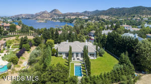 2105 Marshbrook Road, Thousand Oaks, CA 91361