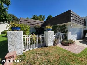 2703 Lakewood Place, Westlake Village, CA 91361