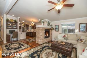 33 Nottingham Road, Westlake Village, CA 91361
