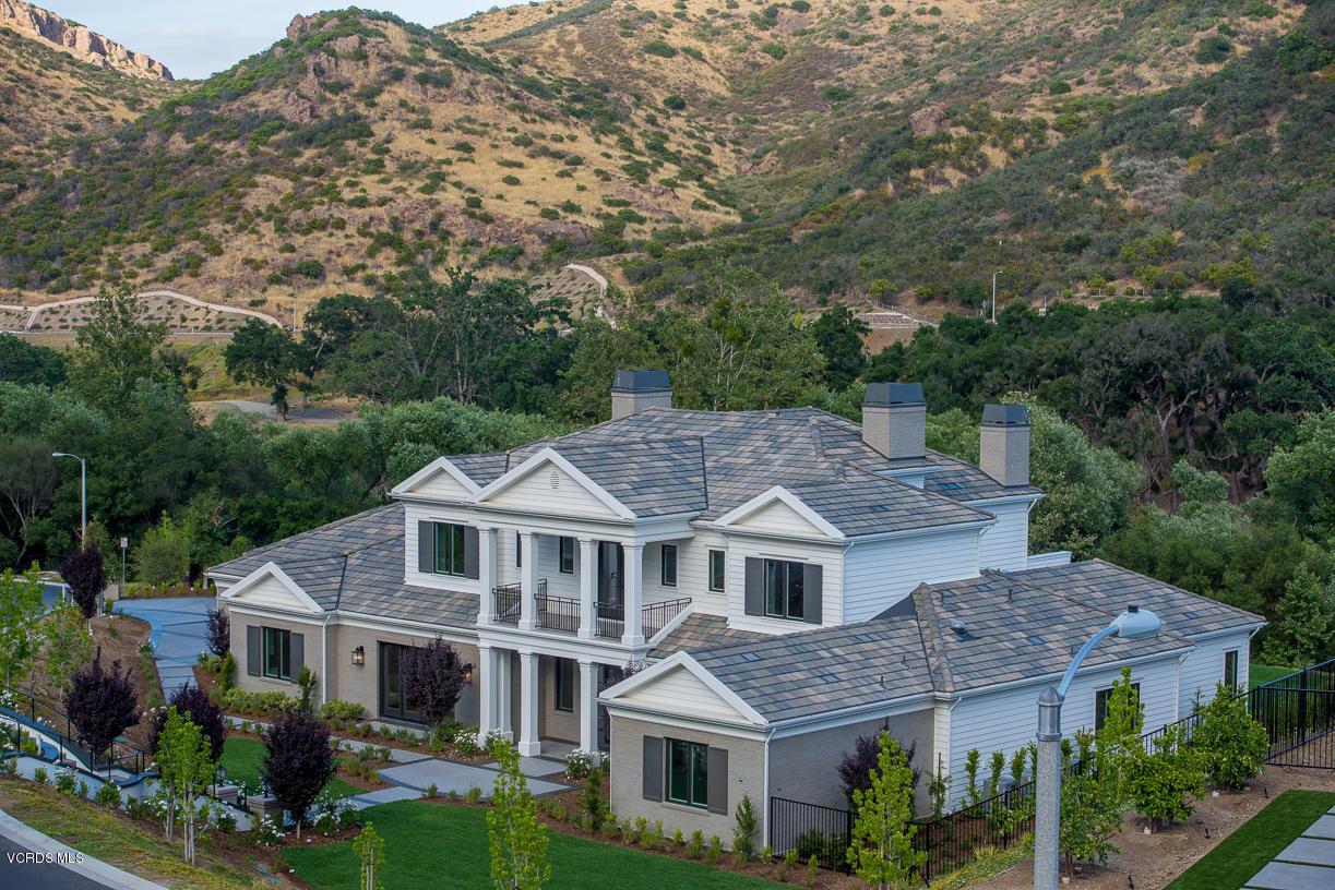 Photo of 2760 Queens Garden Drive, Thousand Oaks, CA 91361