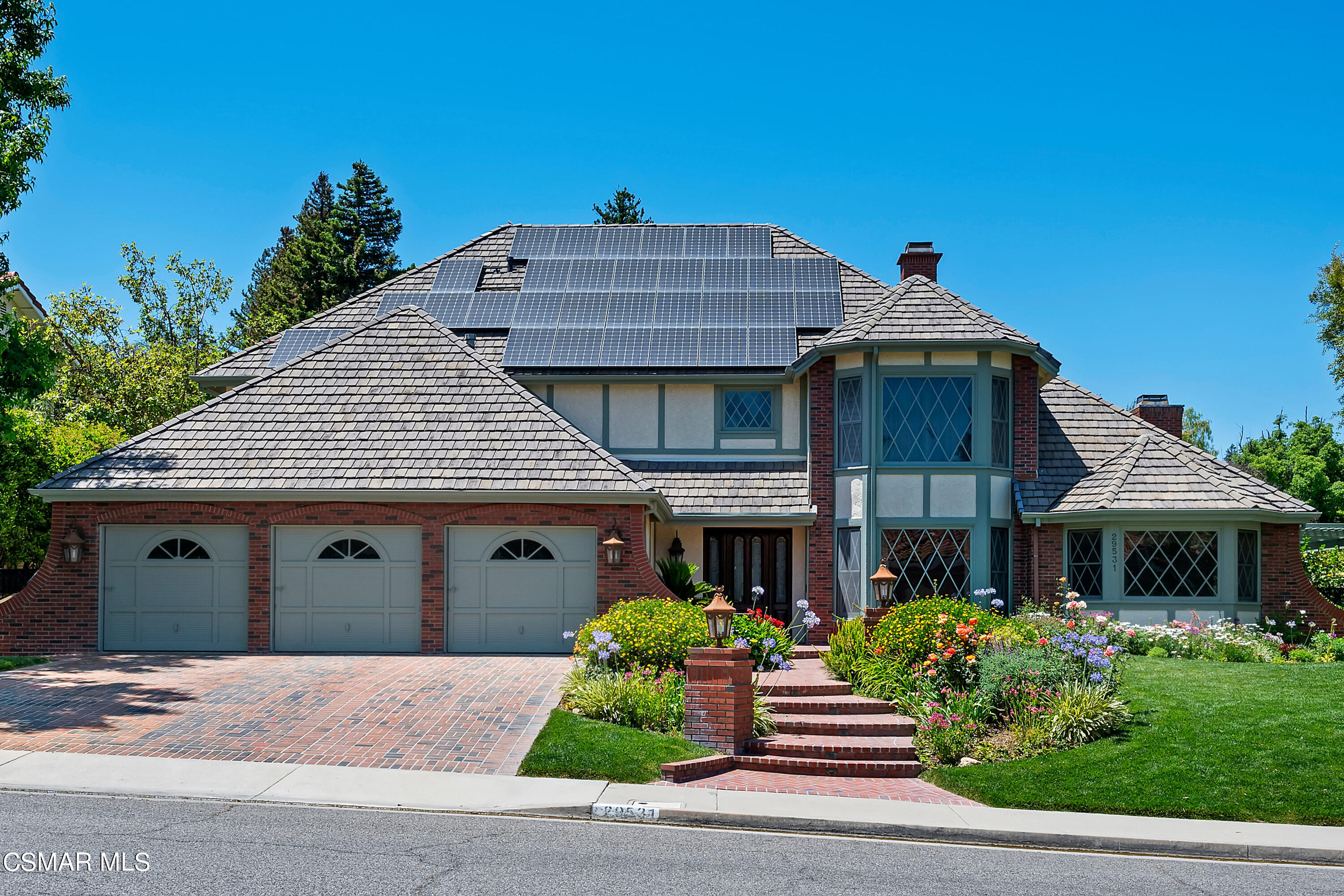 Photo of 29531 Weeping Willow Drive, Agoura Hills, CA 91301