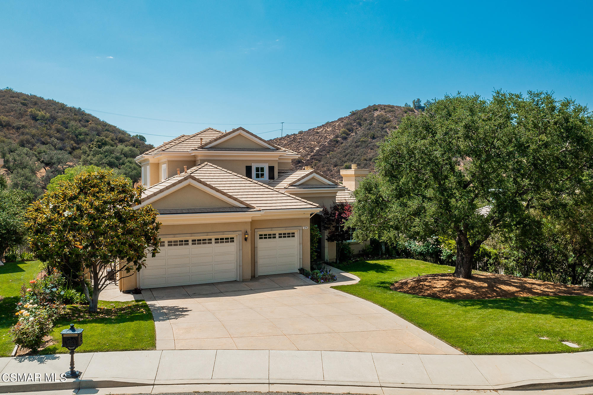 Photo of 230 Lake Sherwood Drive, Thousand Oaks, CA 91361