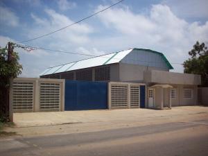 Galpon - Deposito En Ventaen Ciudad Ojeda, La N, Venezuela, VE RAH: 09-2555