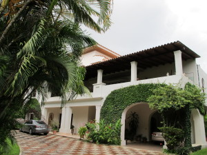 Casa En Ventaen Caracas, Country Club, Venezuela, VE RAH: 11-6702