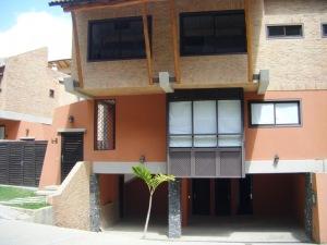 Townhouse En Ventaen Caracas, Alto Hatillo, Venezuela, VE RAH: 13-285