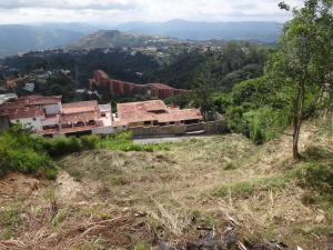 Terreno En Ventaen Caracas, Alto Hatillo, Venezuela, VE RAH: 13-6549