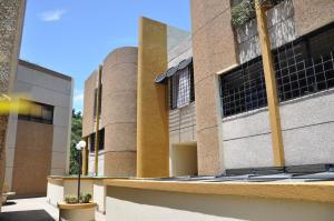 Casa En Ventaen Caracas, Alto Prado, Venezuela, VE RAH: 13-6900