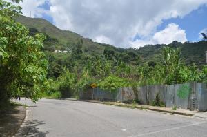 Terreno En Ventaen Caracas, Altos De La Trinidad, Venezuela, VE RAH: 12-2585