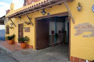 Local Comercial En Ventaen Caracas, Boleita Sur, Venezuela, VE RAH: 14-4936