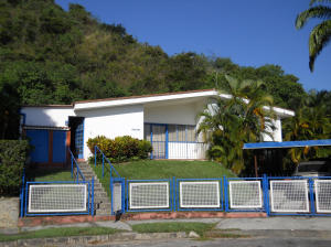 Casa En Ventaen Caracas, Santa Marta, Venezuela, VE RAH: 14-5183