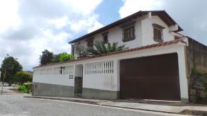 Casa En Ventaen San Antonio De Los Altos, Las Salias, Venezuela, VE RAH: 14-5831