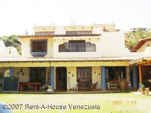 Casa En Ventaen Caracas, Santa Paula, Venezuela, VE RAH: 14-7270