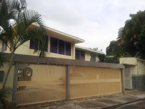 Casa En Ventaen Caracas, Lomas Del Club Hipico, Venezuela, VE RAH: 14-8034