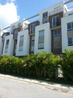 Apartamento En Ventaen Barquisimeto, Zona Este, Venezuela, VE RAH: 14-8100