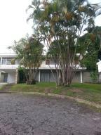 Casa En Ventaen Caracas, Lomas Del Club Hipico, Venezuela, VE RAH: 14-10397