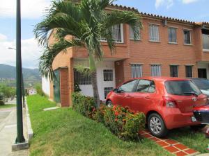 Townhouse En Ventaen Guarenas, Terraza I Buenaventura, Venezuela, VE RAH: 14-12467