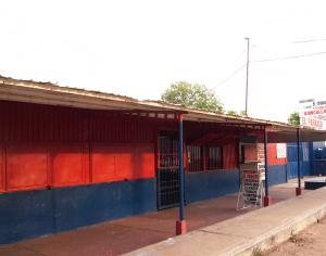 Local Comercial En Ventaen Municipio San Francisco, El Silencio, Venezuela, VE RAH: 14-12126