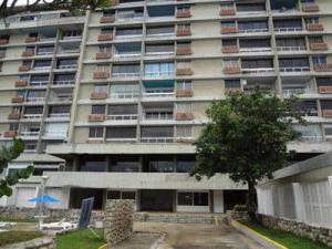 Apartamento En Ventaen Parroquia Naiguata, Camuri Grande, Venezuela, VE RAH: 14-12771