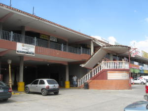 Local Comercial En Ventaen Intercomunal Maracay-Turmero, Intercomunal Turmero Maracay, Venezuela, VE RAH: 14-13067