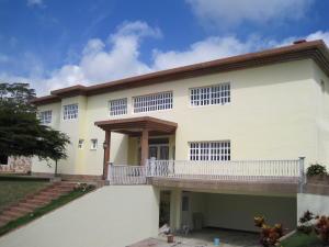Casa En Ventaen San Diego De Los Altos, Parcelamiento El Prado, Venezuela, VE RAH: 14-13431
