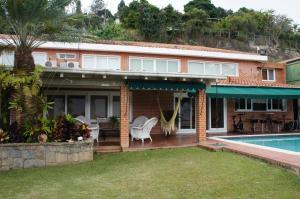 Casa En Ventaen Caracas, Solares Del Carmen, Venezuela, VE RAH: 15-353