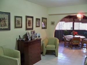 Apartamento En Ventaen Caracas, Macaracuay, Venezuela, VE RAH: 15-3339