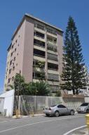Apartamento En Ventaen Caracas, Los Chaguaramos, Venezuela, VE RAH: 15-3456