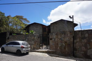 Casa En Ventaen Caracas, Los Guayabitos, Venezuela, VE RAH: 15-4935