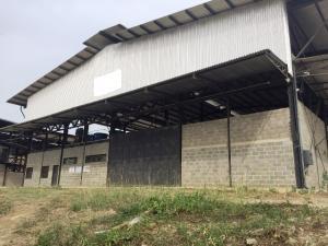 Galpon - Deposito En Ventaen Charallave, Rio Tuy, Venezuela, VE RAH: 15-4389