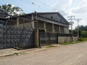 Galpon - Deposito En Ventaen Santa Lucia, Santa Lucia, Venezuela, VE RAH: 15-5677