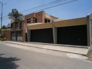 Casa En Ventaen San Antonio De Los Altos, Club De Campo, Venezuela, VE RAH: 15-6526