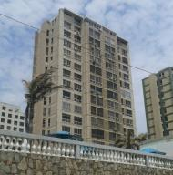 Apartamento En Ventaen La Guaira, Macuto, Venezuela, VE RAH: 15-6671